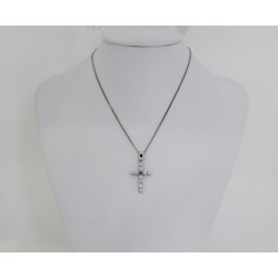 Gold chain with gold cross white gold and diamonds 0.10 ct