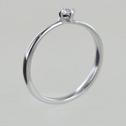 Petite bague solitaire sertie de diamants 00219