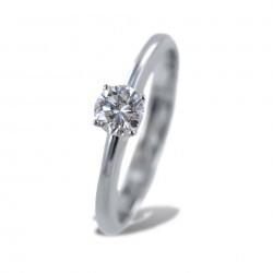 Mittlerer Solitärring mit 0,31 Karat Diamant 00229