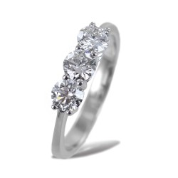 Anello Trilogy grande con diamanti 0.90 ct 00248