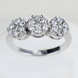 Trilogy effect ring with diamonds over half a carat Magic ct 0.75 00251