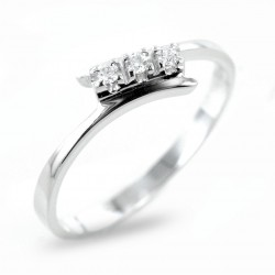 Small Trilogy ring with staggered stem and diamonds 0.05 00253