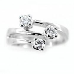 Bague trilogie fantaisie décalée à trois branches avec diamants 0,26 00254
