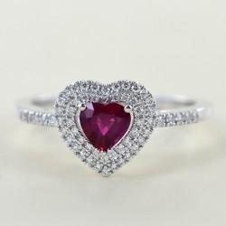 Bague Coeur Rubis de Birmanie avec Contour Double Diamant 00267