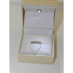 Пасьянс кольцо в 18 kt золота и бриллиант 0,04 ct
