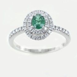 Ring with oval Emerald and double diamond outline 00282