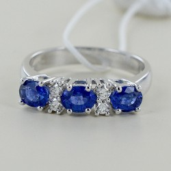 Trilogy ring Sapphires and alternating diamonds 00306