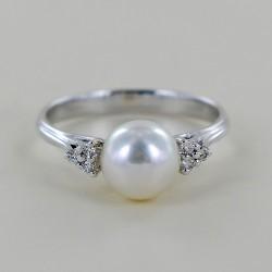 Anello con Perla Akoya 7.00 - 7.50 e Diamanti 00347