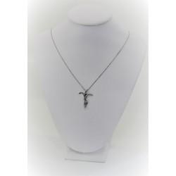 Collana in oro bianco 18 kt con croce stilizzata e diamanti