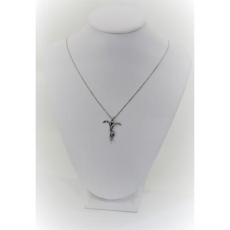 Collier Croix Stylisée