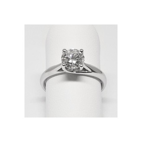 Solitaire with 0.90 carat diamond