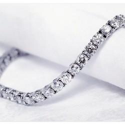 Tennis bracelet en argent 925 avec des zircons blanc, raffiné et élégant